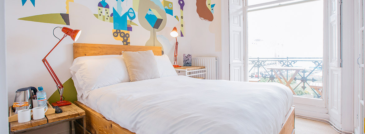 Room with balcony and sea view at Artist Residence Brighton, boutique hotel in Brighton, Brighton seafront
